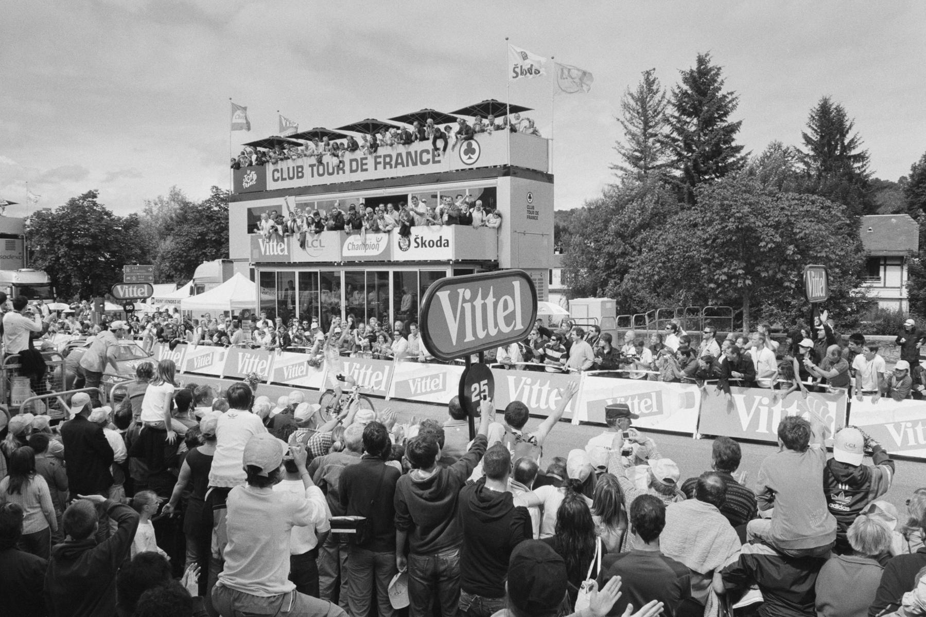 Le Tour de France 2008 ...get the shot of Riccardo Riccò winning this stage. ... photographier la victoire d´étape de Riccardo Riccò. ... Riccardo Riccò beim Etappensieg zu fotografieren! ... fotografiar Riccardo Riccò ganando la etapa.
